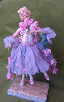 цернит, волосы из ниток, роспись лица акрилом, тонировка платья акварелью, 16 см, 2007 г.