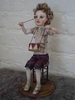 Puppen-FIMO, ручная роспись глаз, 27,5 см вместе с подставкой, 2006 г.